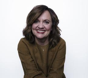 Debbie Lindell