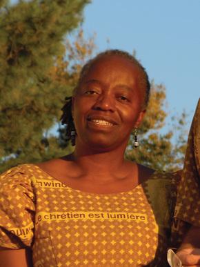 Médine Moussounga Keener